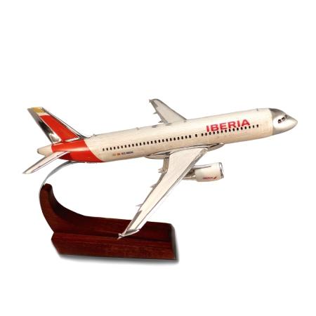 AVIÓN AIRBUS A320